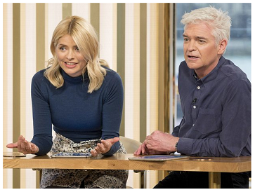 1Holly Willoughby   290118 1